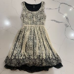 🔥Clearance🔥 Rue 21 Cream and Black Lacy Dress